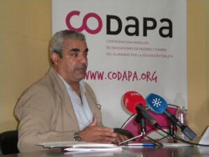El presidente de CODAPA, Francisco Mora, durante la rueda de prensa