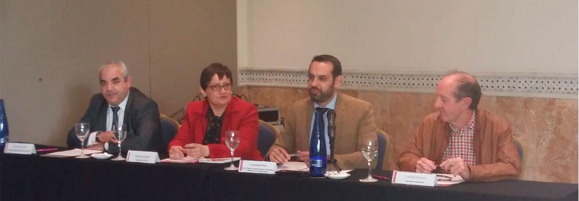 Representantes de la confederación andaluza (CODAPA) de AMPAS se reúnen en Córdoba para profundizar en el conocimiento del sistema educativo y en coeducación.